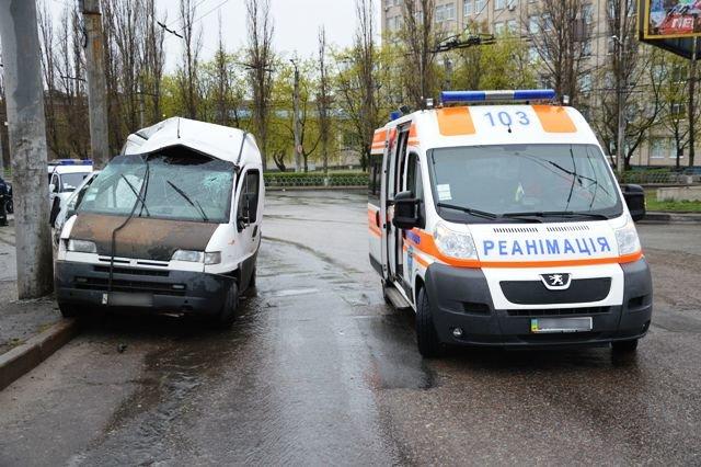 В Кировограде произошла авария, в которой погиб человек, фото-1