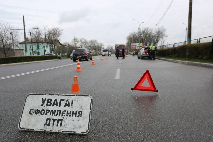 На проспекте Юбилейном в ДТП погиб пешеход (Дополнено) (фото) - фото 2