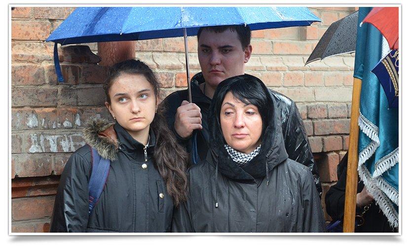 В Славянске открыли доску памяти Владимира Рыбака (видео) (фото) - фото 3