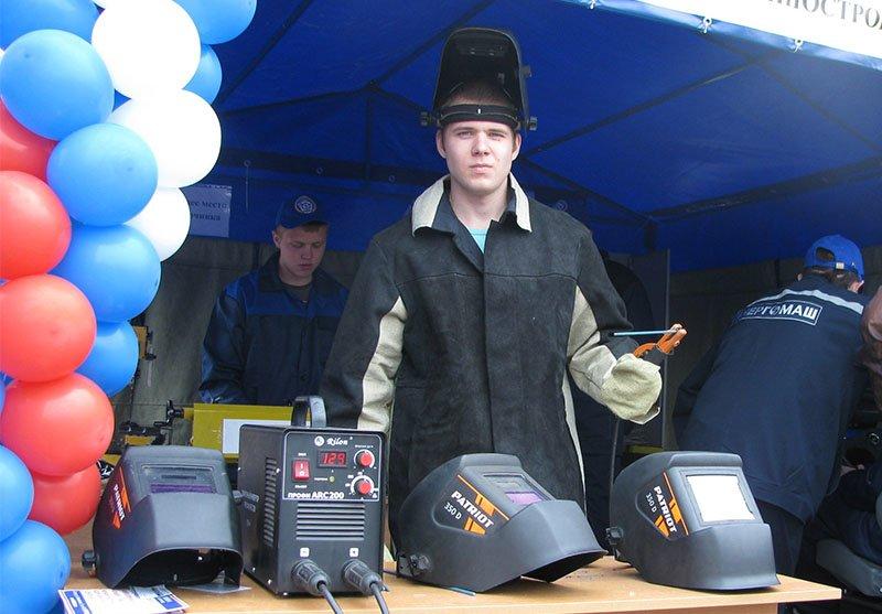 Белгородским школьникам продемонстрировали преимущества  рабочих профессий (фото) - фото 2
