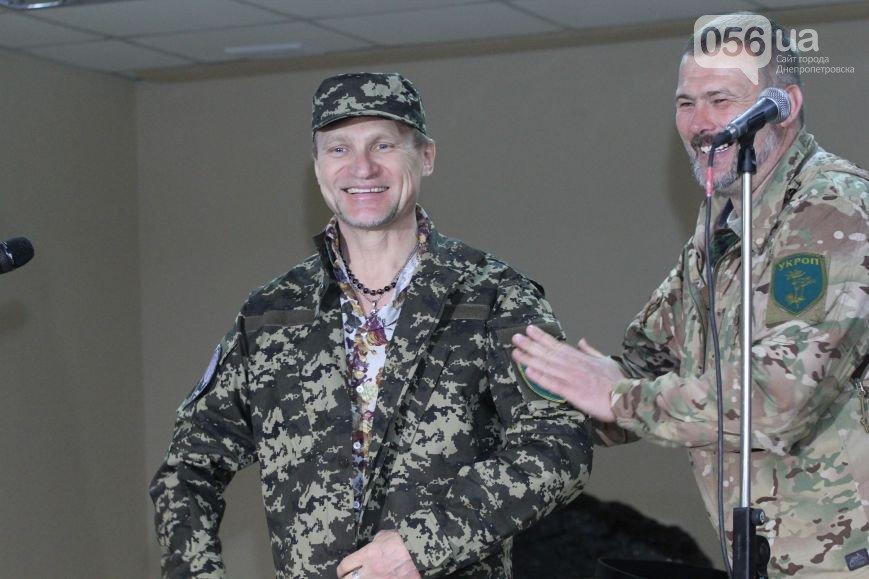 Олег скрипка тепер у батальйоні (фото) - фото 1