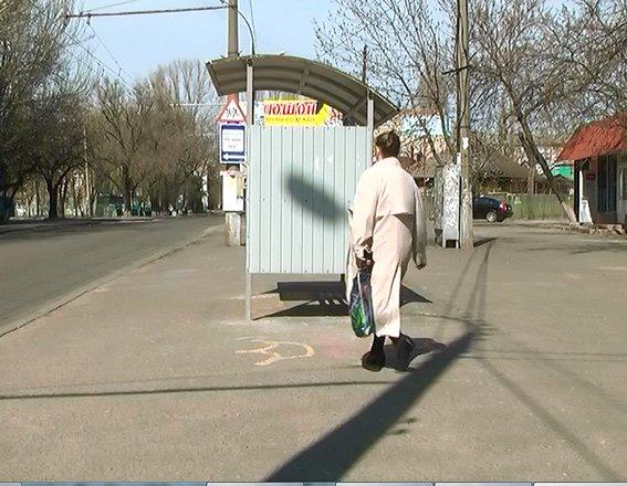 В Николаеве поймали банду молодчиков, ограбивших средь бела дня пенсионерку (ФОТО, ВИДЕО) (фото) - фото 1