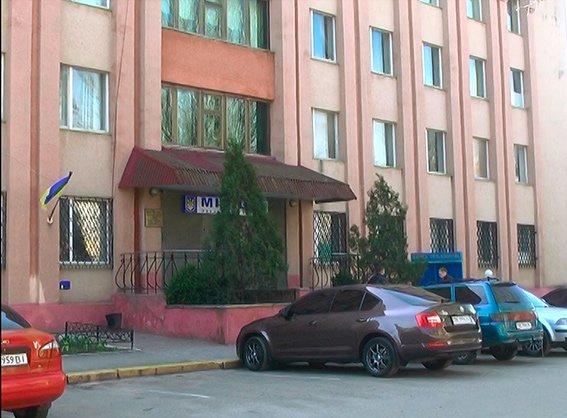 В Николаеве поймали банду молодчиков, ограбивших средь бела дня пенсионерку (ФОТО, ВИДЕО) (фото) - фото 2