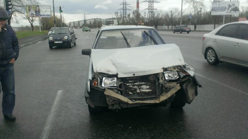 В Днепропетровске в ДТП попало 3 машины, - есть пострадавшие (ФОТО) (фото) - фото 5