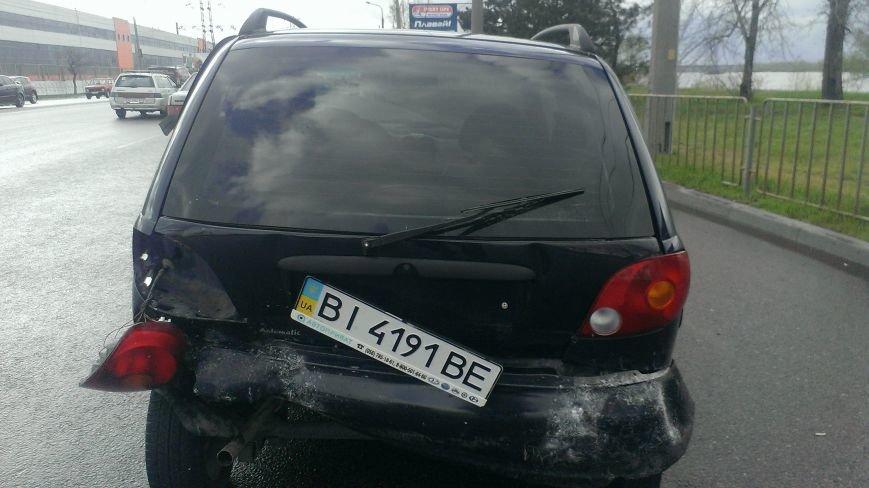 В Днепропетровске в ДТП попало 3 машины, - есть пострадавшие (ФОТО) (фото) - фото 3