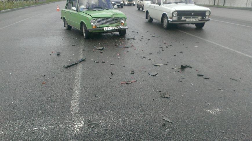 В Днепропетровске в ДТП попало 3 машины, - есть пострадавшие (ФОТО) (фото) - фото 2