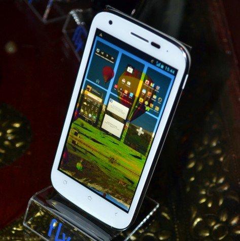 Мобильные телефоны Fly: преимущества перед конкурентами (фото) - фото 1