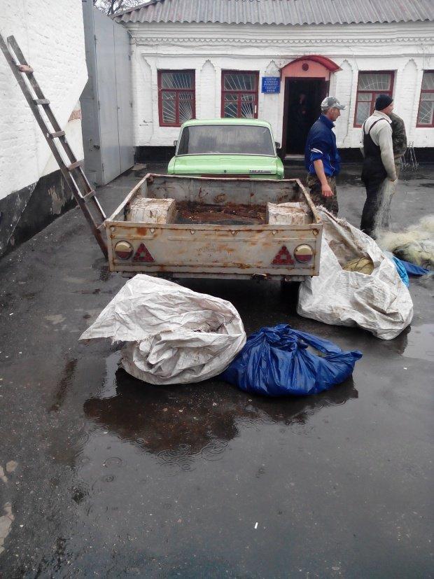 Черговий факт незаконної рибалки зафіксували кобеляцікі правоохоронці (фото) - фото 1