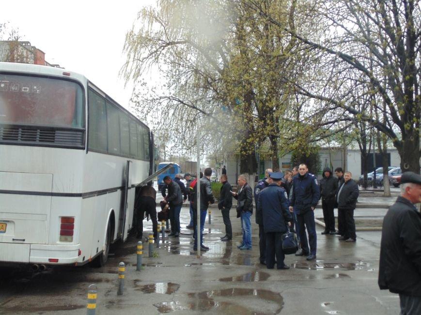 Сегодня утром из Павлограда шахтеры отправились в Киев (фото) - фото 3
