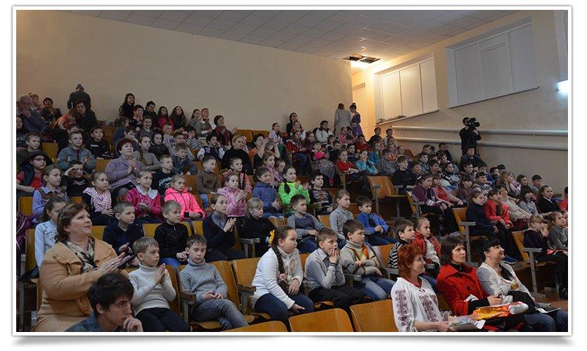 Дети, съездившие в Ровно, показали свою Визитную карточку (фото) - фото 4