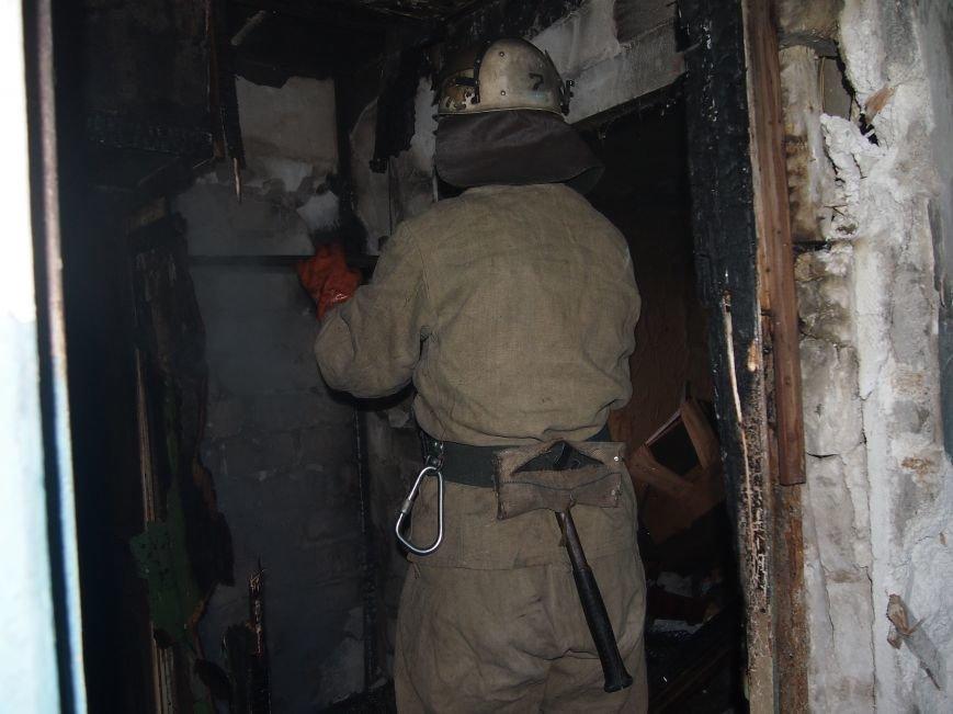 В Днепродзержинске горел девятиэтажный жилой дом (фото) - фото 4