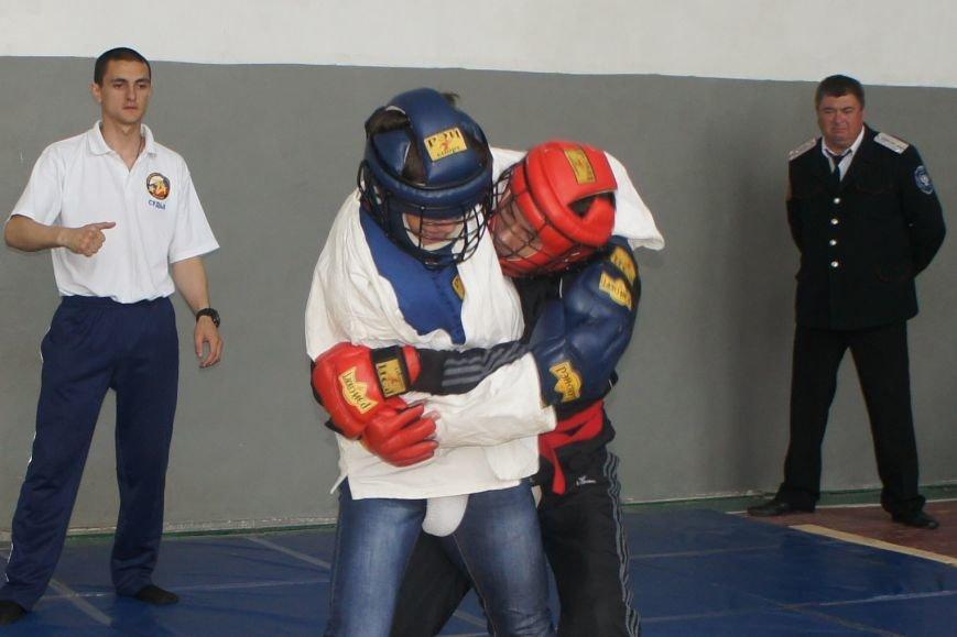 В селе Школьном состоялись отборочные соревнования казачьей молодежи (фото) - фото 1