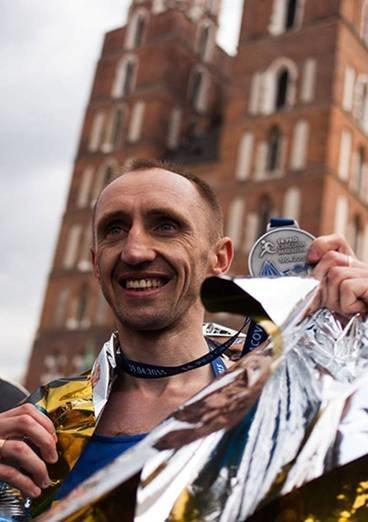 Львівський лейтенант міліції «порвав» усіх на міжнародному марафоні у Кракові (ФОТО) (фото) - фото 1