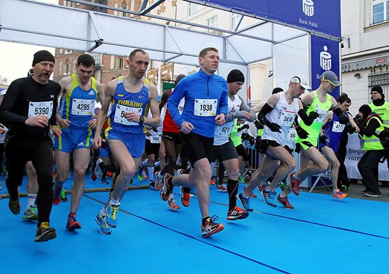 Львівський лейтенант міліції «порвав» усіх на міжнародному марафоні у Кракові (ФОТО) (фото) - фото 2