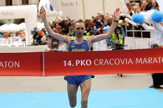 Львівський лейтенант міліції «порвав» усіх на міжнародному марафоні у Кракові (ФОТО) (фото) - фото 3