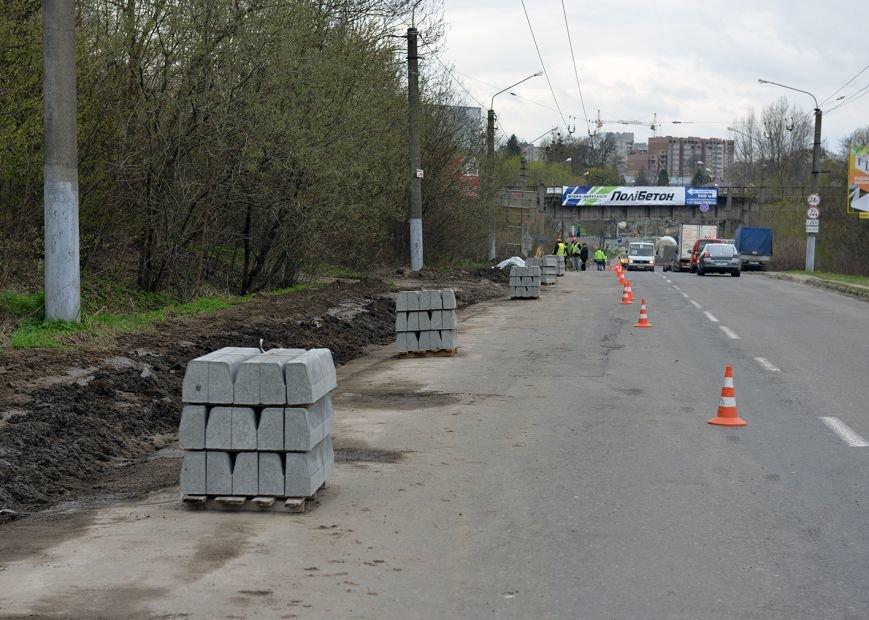 На дорозі зі Львова до Мукачева облаштують велосипедну доріжку (ФОТО), фото-1