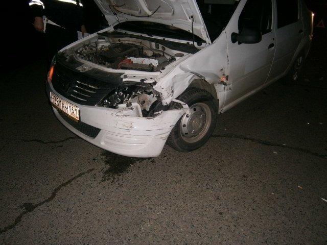 повреждение авто Рено Логан 19.04.15