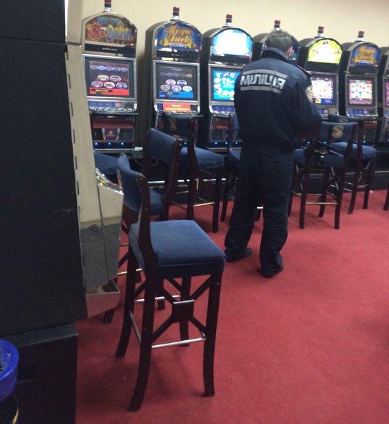 На «Барабашово» закрыли подпольное казино (ФОТО) (фото) - фото 1