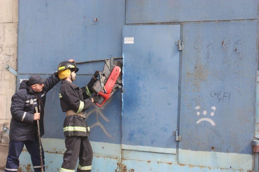 У Кіровограді в підсобному приміщенні магазину виникла пожежа, фото-1