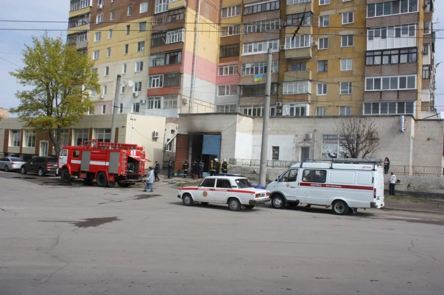 У Кіровограді в підсобному приміщенні магазину виникла пожежа, фото-3