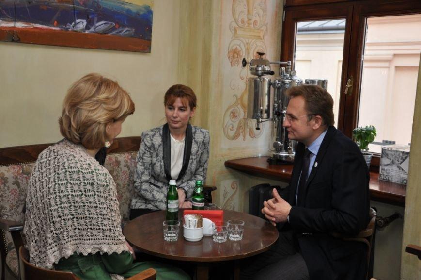 Перша леді Львова провела екскурсію для дружини Президента Угорщини (ФОТОРЕПОРТАЖ, ВІДЕО), фото-1