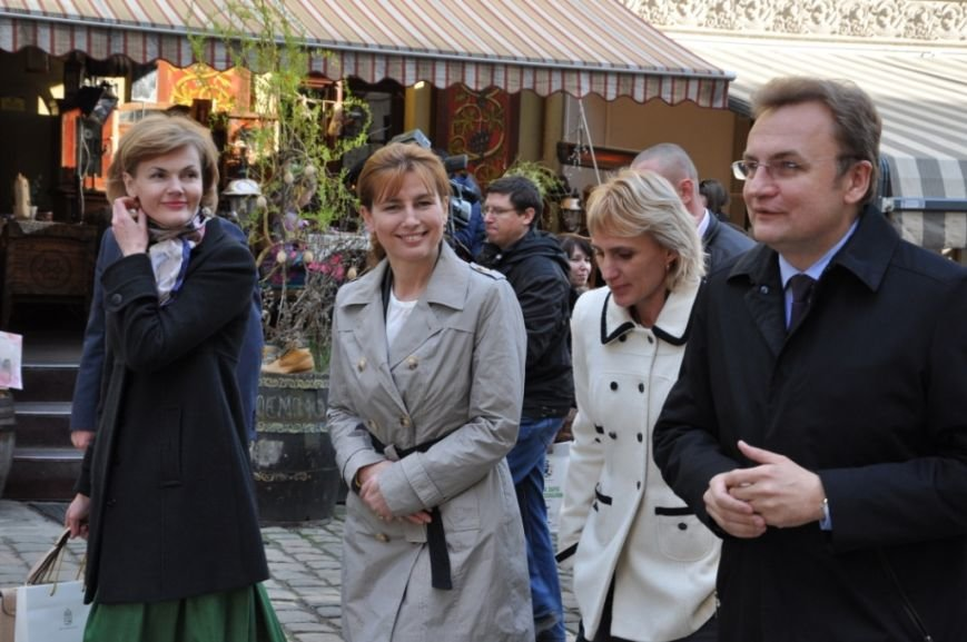 Перша леді Львова провела екскурсію для дружини Президента Угорщини (ФОТОРЕПОРТАЖ, ВІДЕО), фото-4