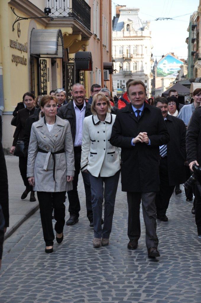 Перша леді Львова провела екскурсію для дружини Президента Угорщини (ФОТОРЕПОРТАЖ, ВІДЕО), фото-10