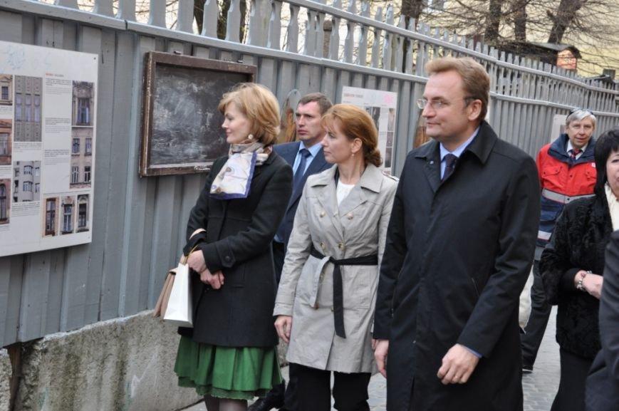 Перша леді Львова провела екскурсію для дружини Президента Угорщини (ФОТОРЕПОРТАЖ, ВІДЕО), фото-11
