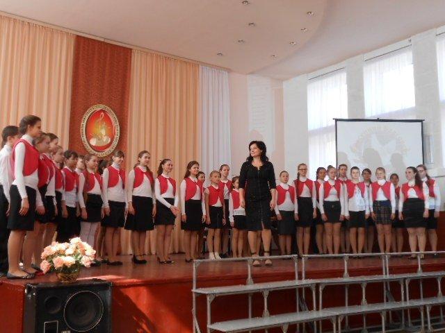 В Макеевке прошел фестиваль хоровой и вокальной музыки «Весенний Благовест» (фото) - фото 1
