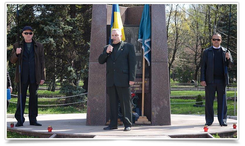 В Славянске прошёл митинг-реквием, посвящённый 29й годовщине аварии на ЧАЭС (фото) - фото 4