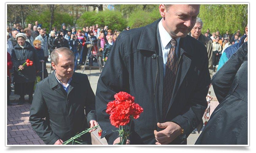В Славянске прошёл митинг-реквием, посвящённый 29й годовщине аварии на ЧАЭС (фото) - фото 7
