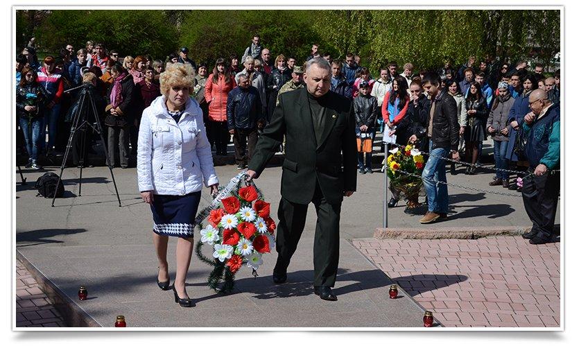 В Славянске прошёл митинг-реквием, посвящённый 29й годовщине аварии на ЧАЭС (фото) - фото 6