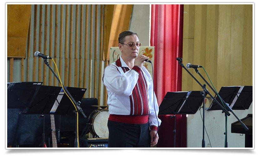 В Славянске выступил ансамбль из Львова, при поддержке батальона «Січ» (видео) (фото) - фото 2