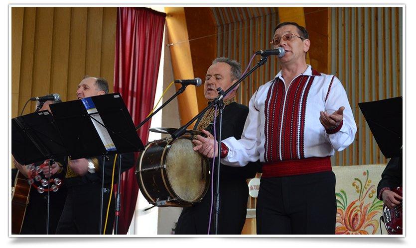 В Славянске выступил ансамбль из Львова, при поддержке батальона «Січ» (видео) (фото) - фото 5