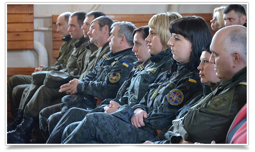 В Славянске выступил ансамбль из Львова, при поддержке батальона «Січ» (видео) (фото) - фото 3