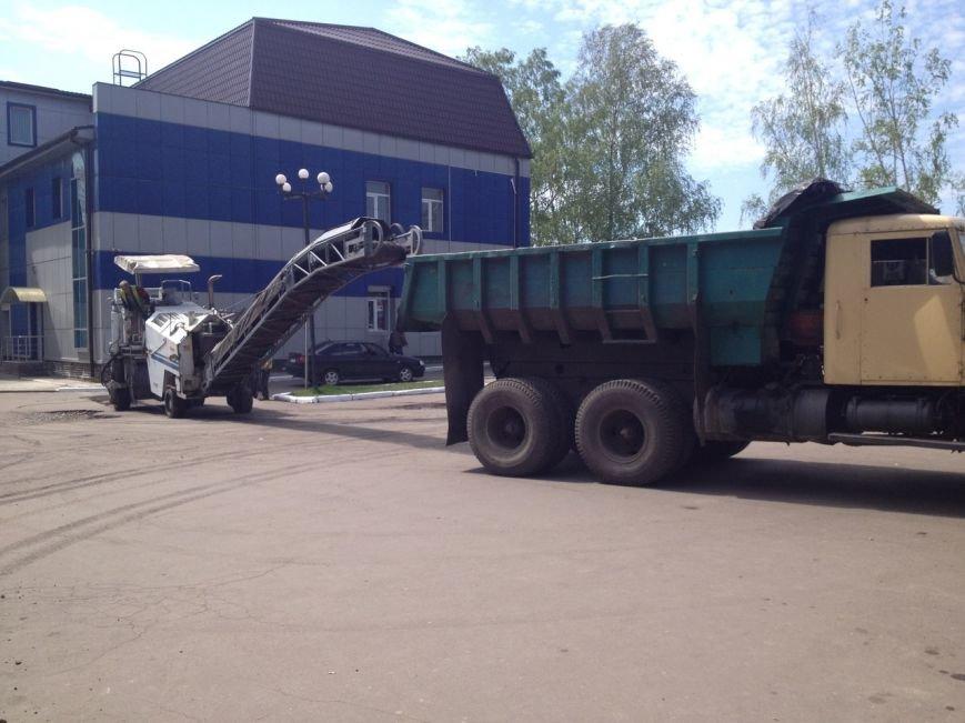 70 автодорог Красноармейска находятся в «убитом» состоянии и нуждаются в капитальном ремонте (ОБНОВЛЕНО) (фото) - фото 17
