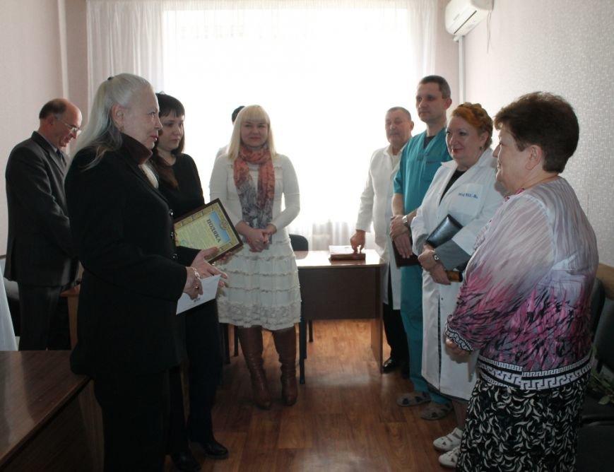 Ведущий анестезиолог-реаниматолог Артемовска ушла на заслуженный отдых, фото-2
