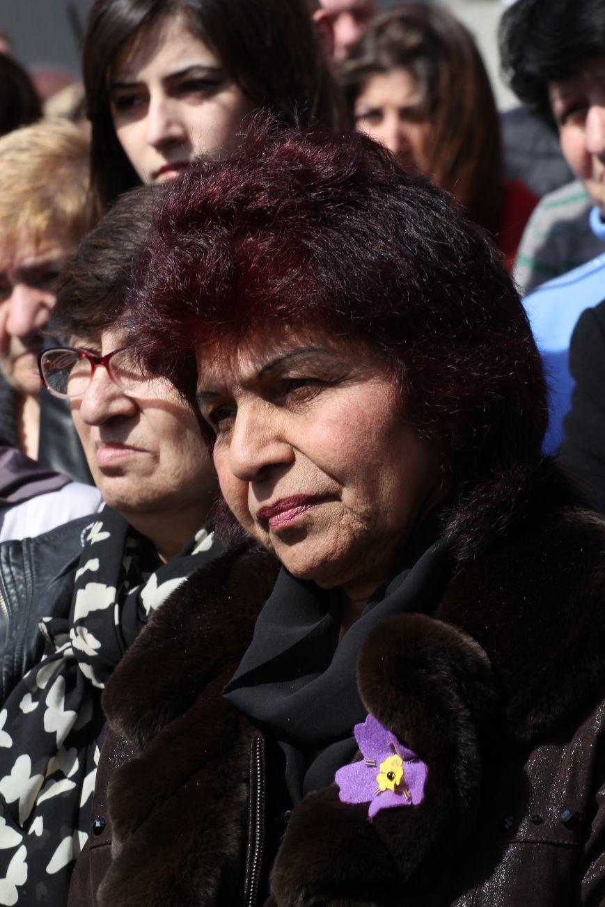 Как в Днепропетровске прошел День памяти жертв геноцида армян (ФОТОРЕПОРТАЖ) (фото) - фото 4