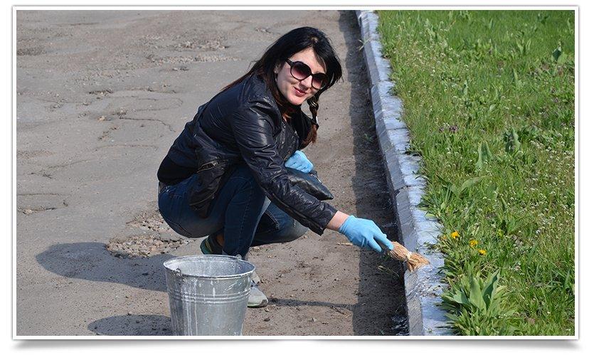 Новая череда субботников в Славянске (фотофакт) (фото) - фото 1