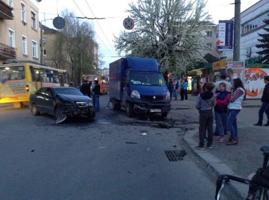 На вулиці Галицька розбилися дві машини, фото-2