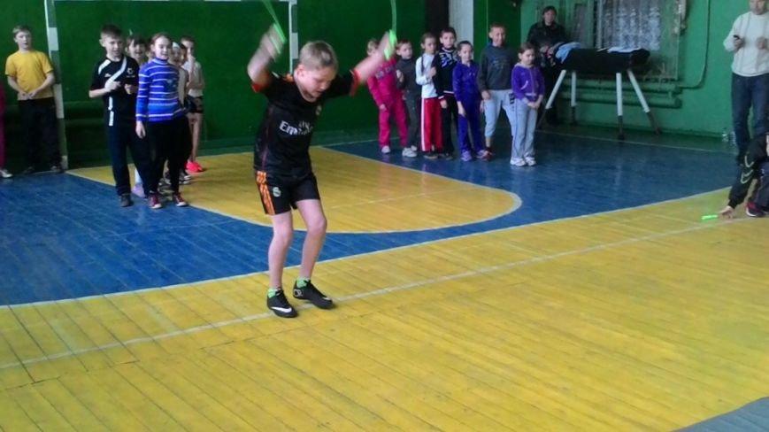В Макеевке прошли «Веселые старты» среди младших школьников (фото) - фото 2
