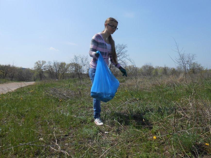 Днепродзержинцы очистили от мусора левобережный канал (фото) - фото 8