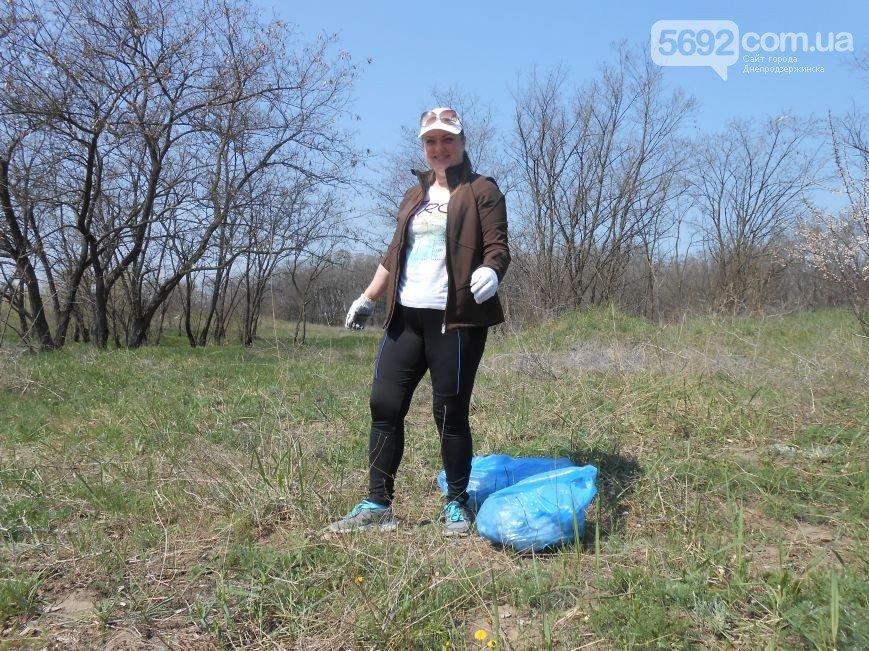 Днепродзержинцы очистили от мусора левобережный канал (фото) - фото 2