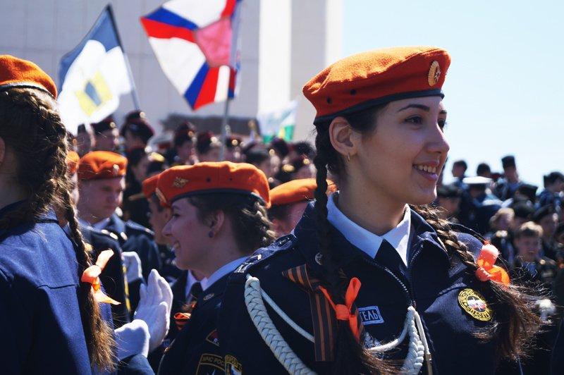 Белгородские кадеты прошли парадом по Соборной площади (фото) - фото 14