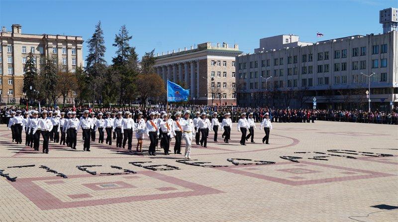Белгородские кадеты прошли парадом по Соборной площади (фото) - фото 3