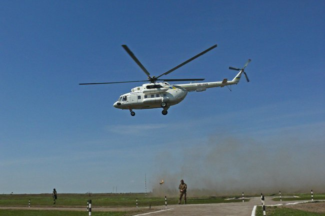 Президент Украины высоко оценил профессионализм николаевских военнослужащих (ФОТО+ВИДЕО) (фото) - фото 5