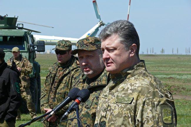 Президент Украины высоко оценил профессионализм николаевских военнослужащих (фото) - фото 3