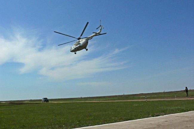 Президент Украины высоко оценил профессионализм николаевских военнослужащих (ФОТО+ВИДЕО) (фото) - фото 6