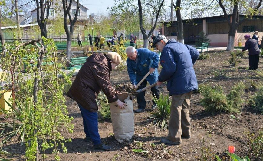 2015_04_25_Апрель_Субботник_NIK_5613