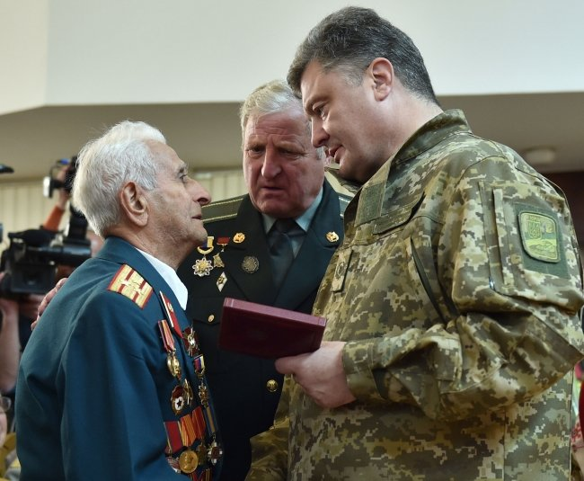 Президент Украины наградил николаевского «киборга» орденом Богдана Хмельницкого I степени (фото) - фото 5